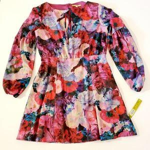 NWT Gianni Bini Beautiful Holiday Party Dress!!